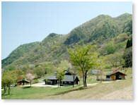 尼崎市立美方高原自然の家「とちのき村」